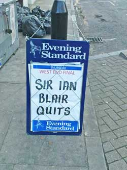 Sir Ian Quits poster in Evening Standard